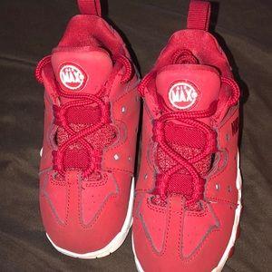 Boy Nike's